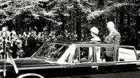 Queen limousine