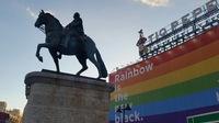 Reiter vor regenbogen