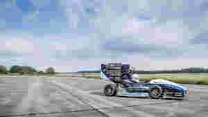 Eine Multimedia-Reportage über das Rennteam Stuttgart, die Weltranglistenersten der Formula Student.