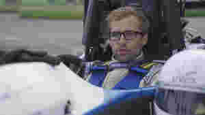 Niklas Rinschede ist beim Rennteam für den Kontakt mit Sponsoren zuständig.